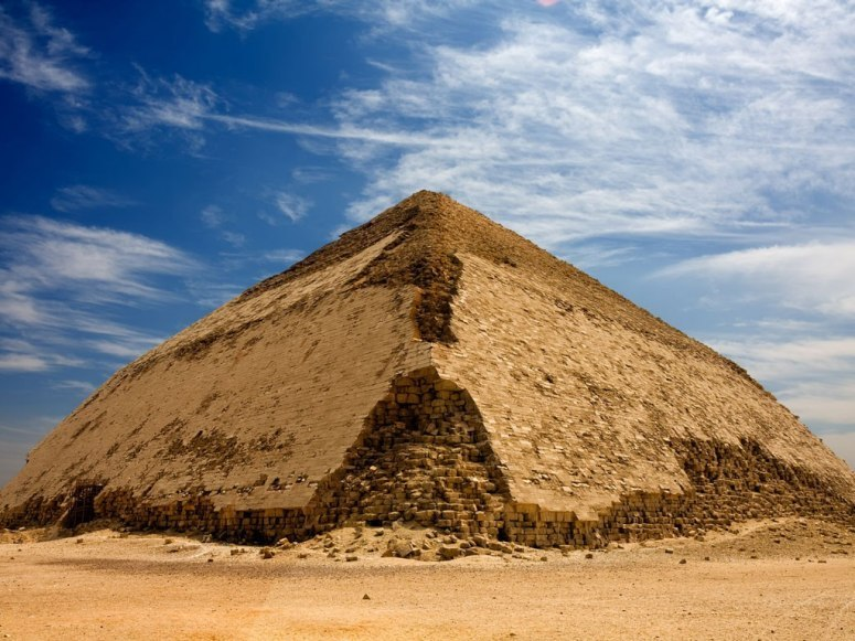 探秘全球十大金字塔