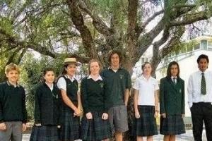 世界各国高中时代的校服排行榜