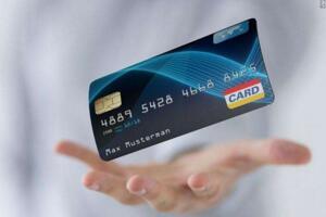 微粒贷和信用卡哪个好,贷款选择微粒贷还是信用卡