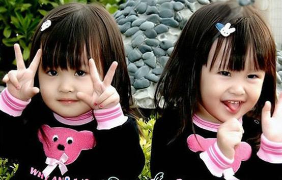 中国台湾双胞胎小姐妹Sandy和Mandy