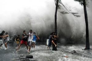 【台风警报几小时前发布】科普台风警报通常在其可能到来前几小时发