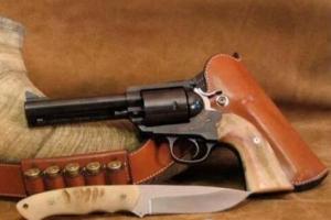 威力最大的手枪排名:PfeiferZeliska转轮手枪,子弹比手榴弹还大