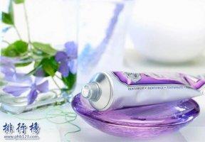 牙膏祛斑的正确方法,牙膏配上这些才能有效淡斑