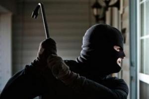 世界抢劫率最高国家盘点,第一极其危险最好别去