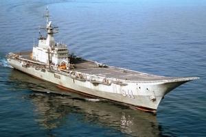 目前世界十大航母排行榜 中国辽宁舰排名如何?