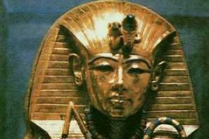 世界十大古墓秘闻