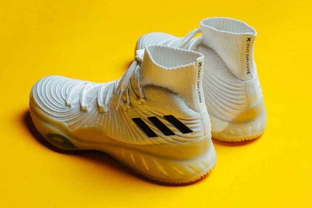 十大最帅篮球鞋推荐 男生必入,帅气又实用的球鞋