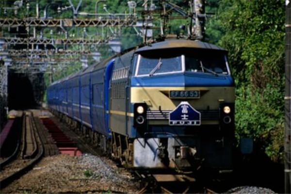 世界火车十大排名,上海磁悬浮列车上榜,第一需9万元RMB/人