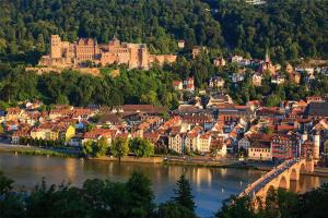 德国十大最美小镇:梅尔斯堡红酒闻名世界,第一是德国缩影